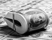 Velkojen maksaminen - opr vakuus